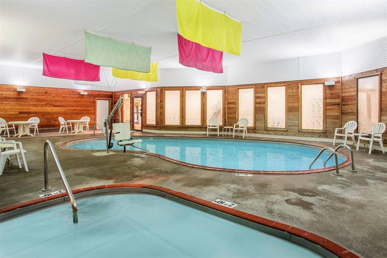 pool-2_5.jpg.1024x0.jpg