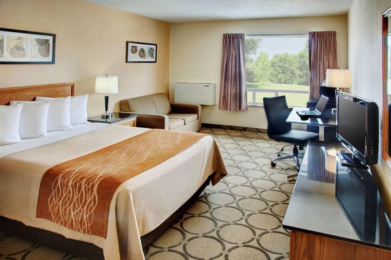 new-pillowtop-guestroom.jpg.1024x0.jpg