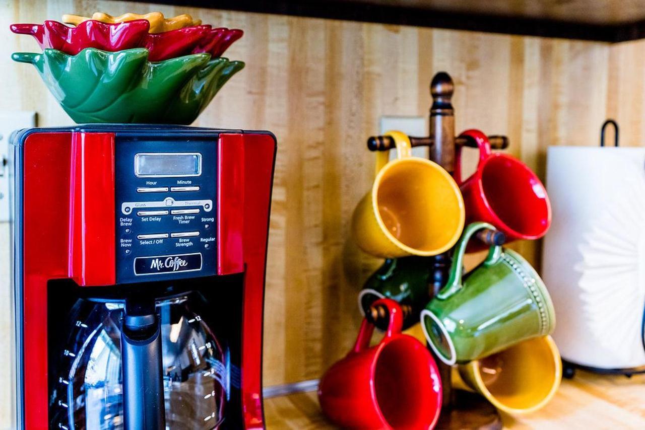 better-coffee-pot-cups (1).jpg