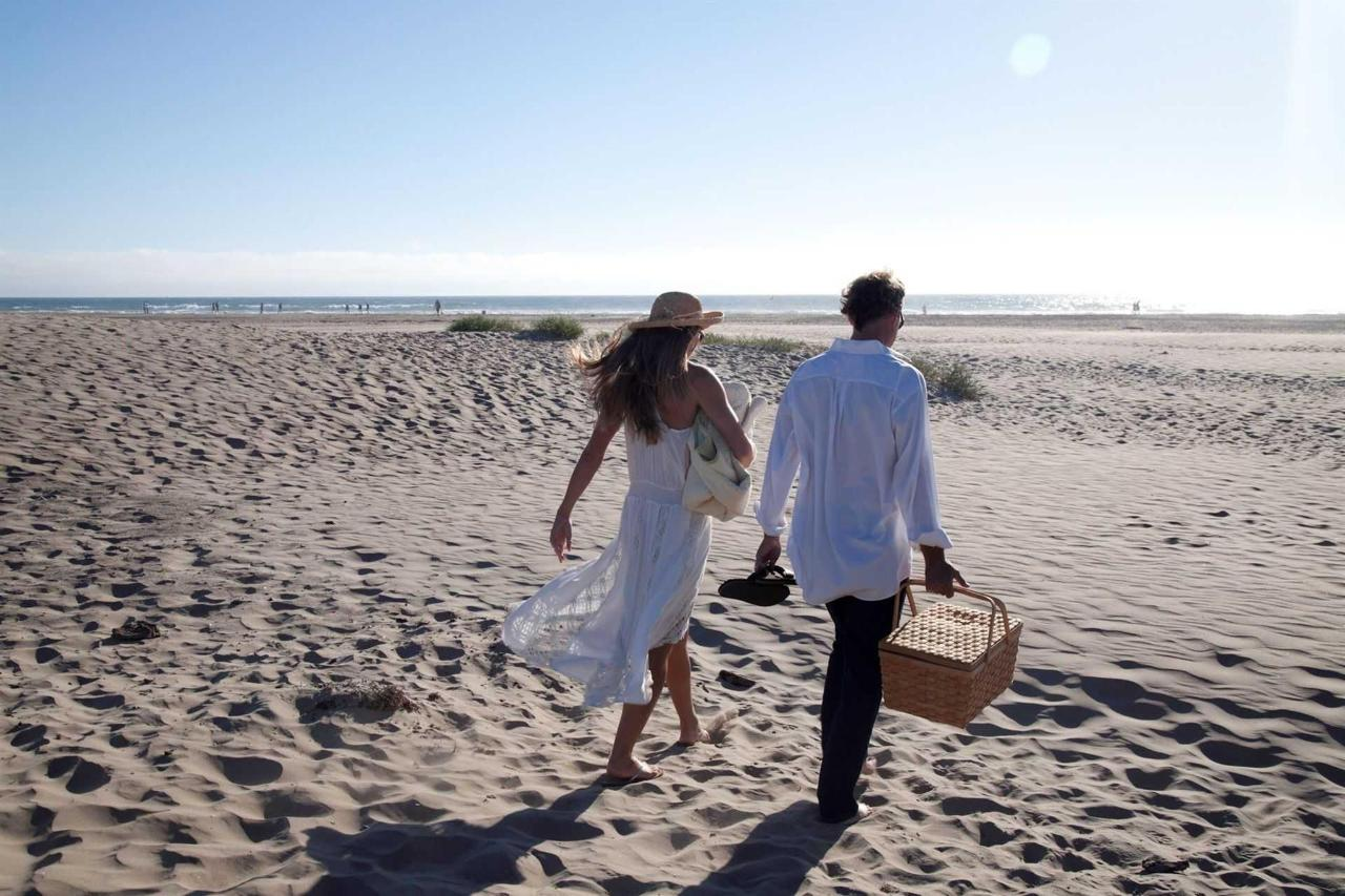 beach-walk-1031.jpg.1920x0.jpg