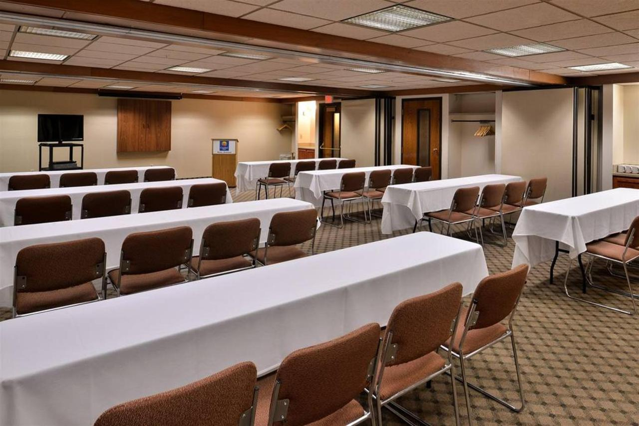 Montana Room - Classroom - Up to 48 attendees1.jpg