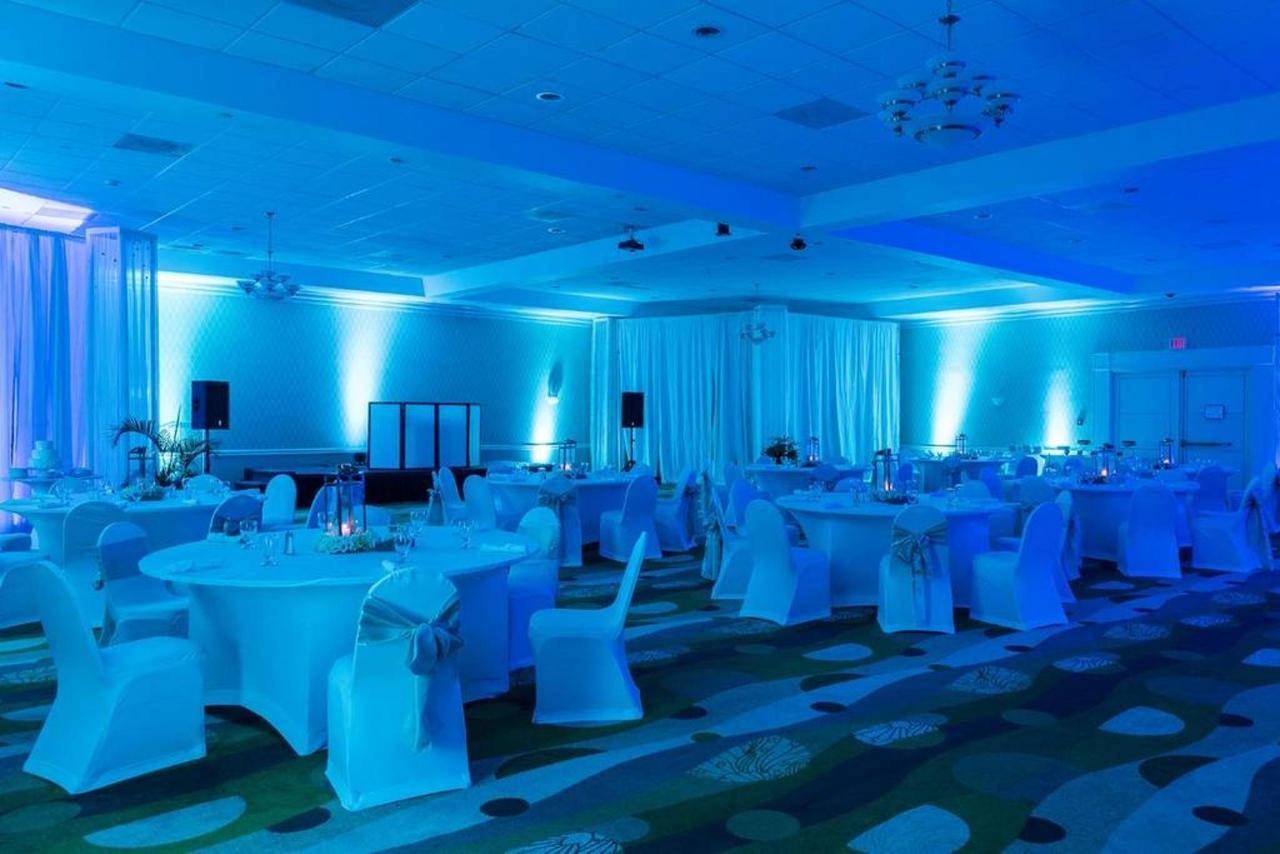 Weddings_HolidayInnAruba6.jpg