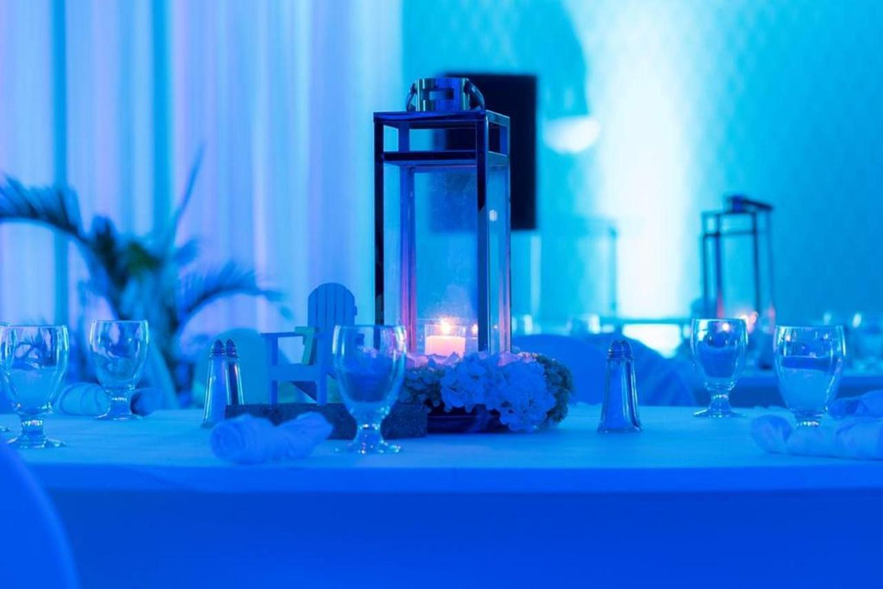 Weddings_HolidayInnAruba20.jpg