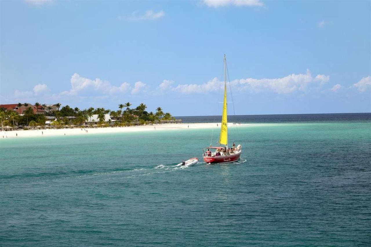 Aruba_HolidayInnAruba5.jpg