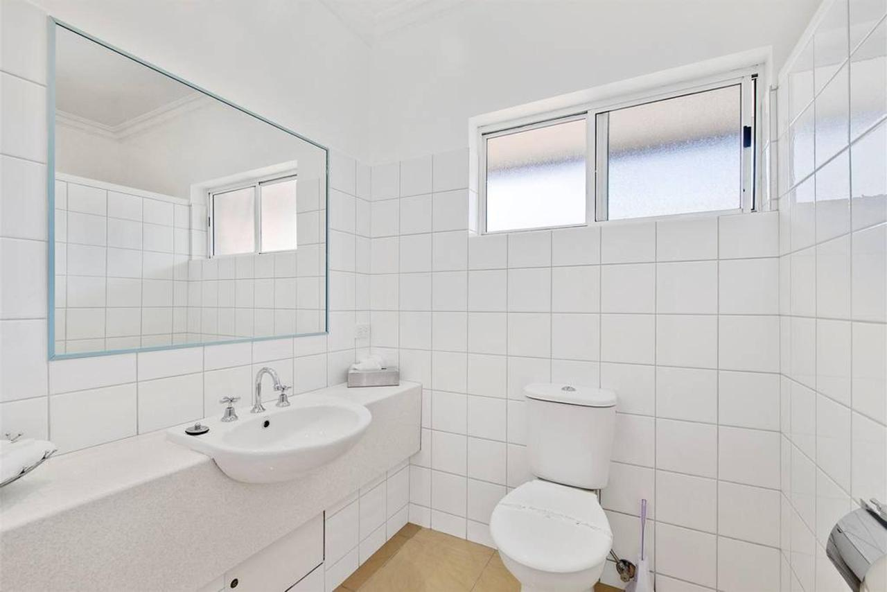 double-room-3.jpg.1024x0.jpg