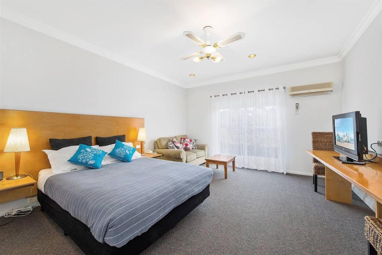 double-room.jpg.1024x0.jpg