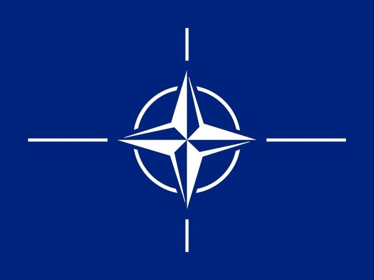 800px-flag-of-nato-svg.jpg