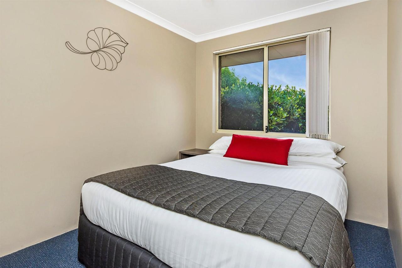 019_open2view_id402386-quality_suites_banksia_gardens.jpg