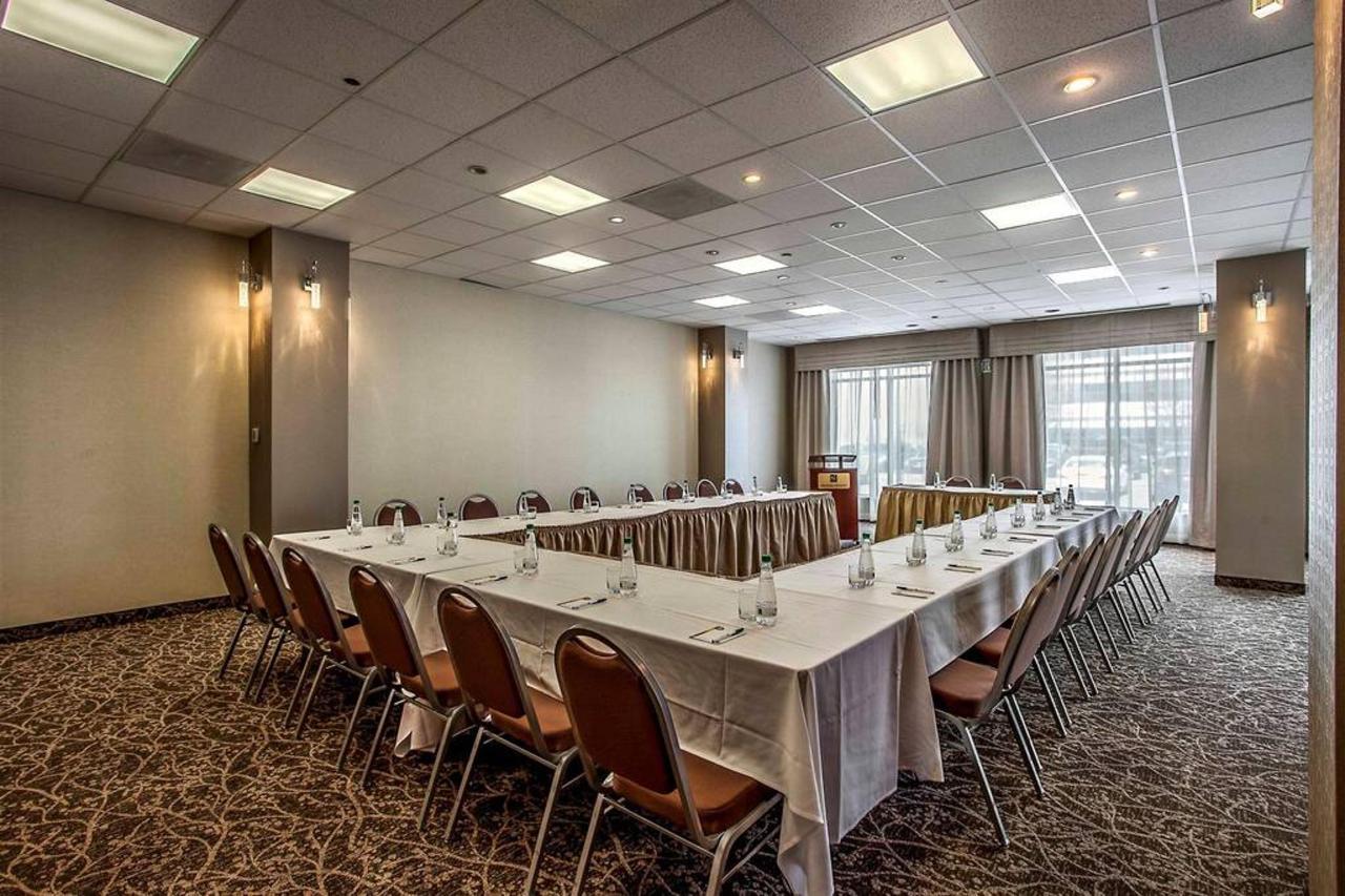 meeting-room-1-2.jpg.1024x0.jpg