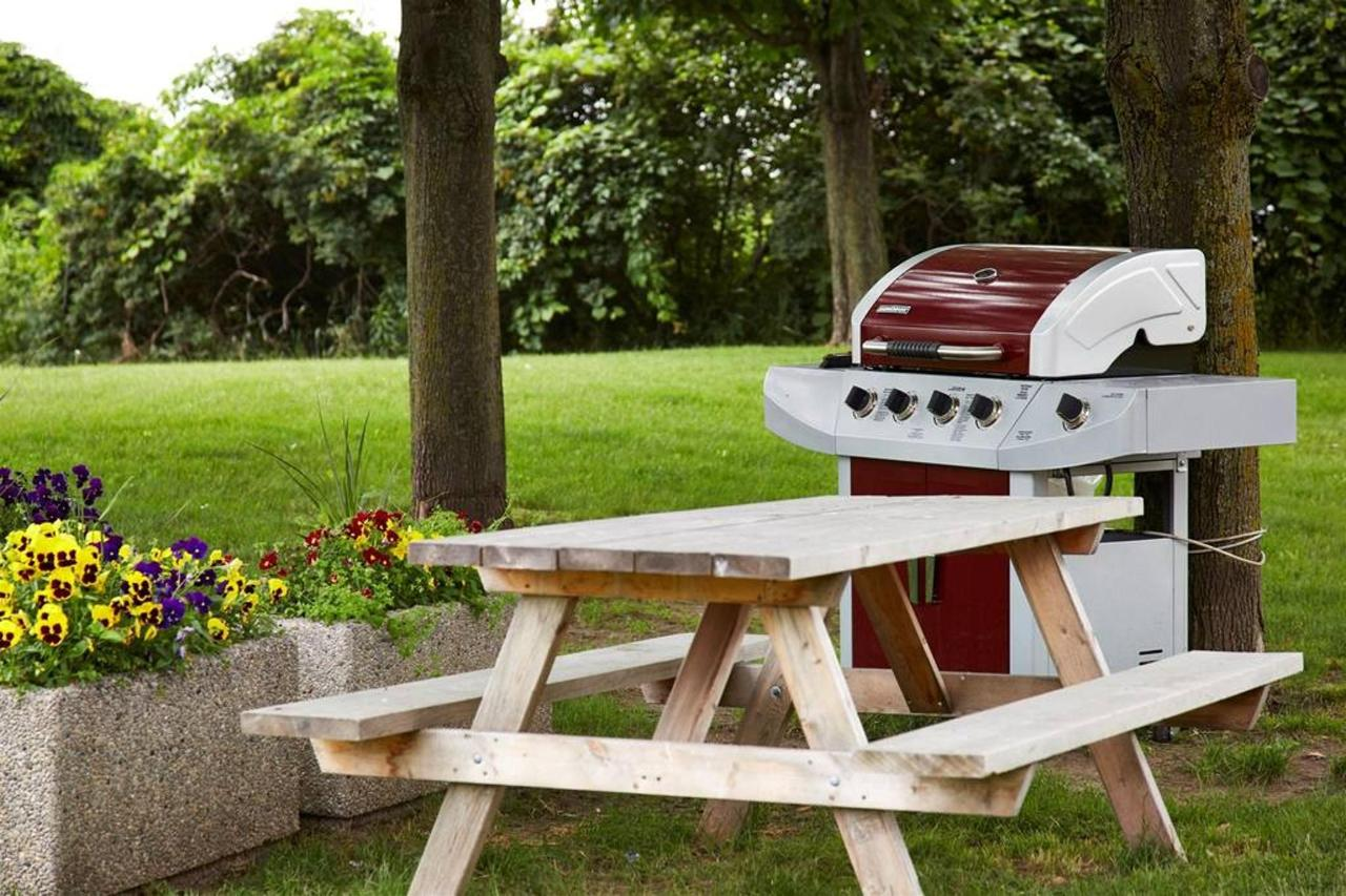 enjoy-our-picnic-and-bbq-area.jpg.1024x0.jpg