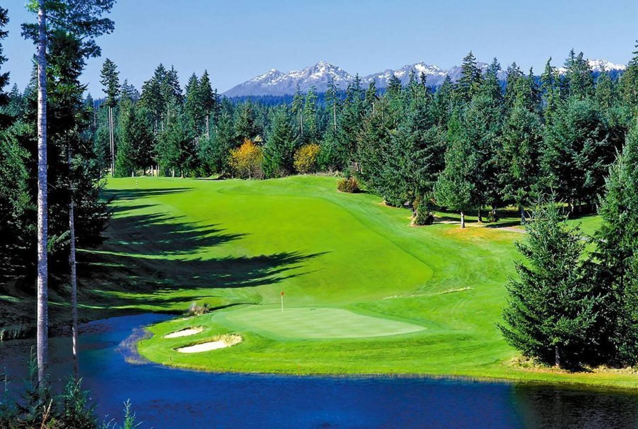 gold-mountain-golf-course-2.jpg