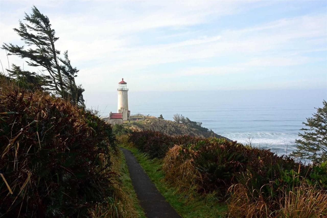 lighthouse3v2.jpg.1920x0.jpg