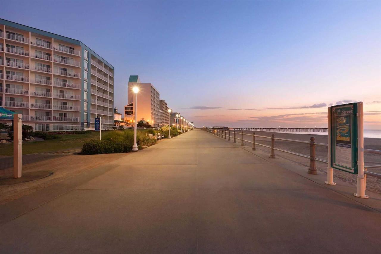 surfbreak-oceanfront-hotel-beach-boardwalk-1148081.jpg.1920x0.jpg