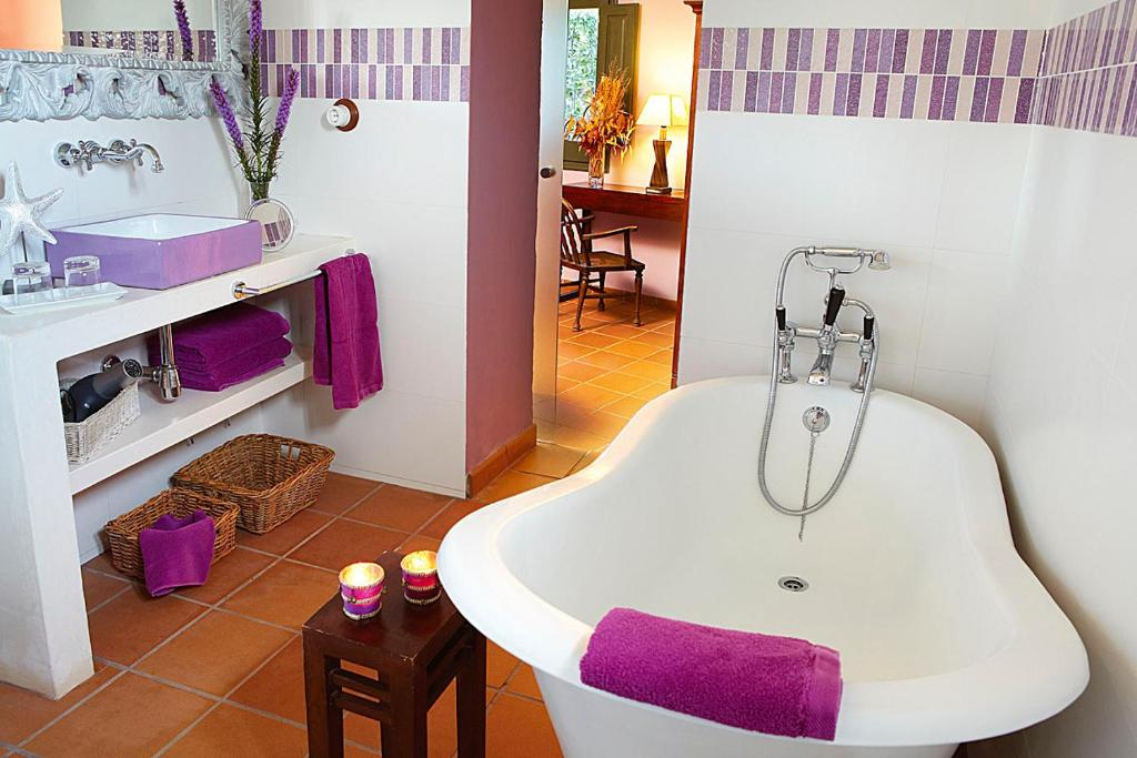 boutique hotels in girona  279