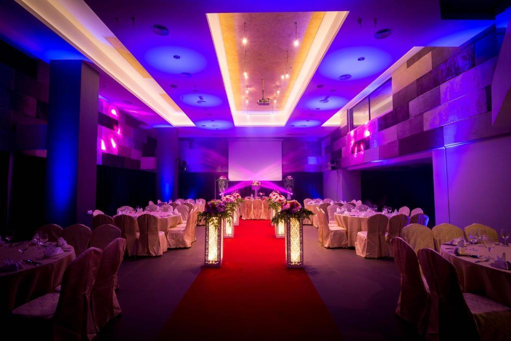 Mandurah Hotel