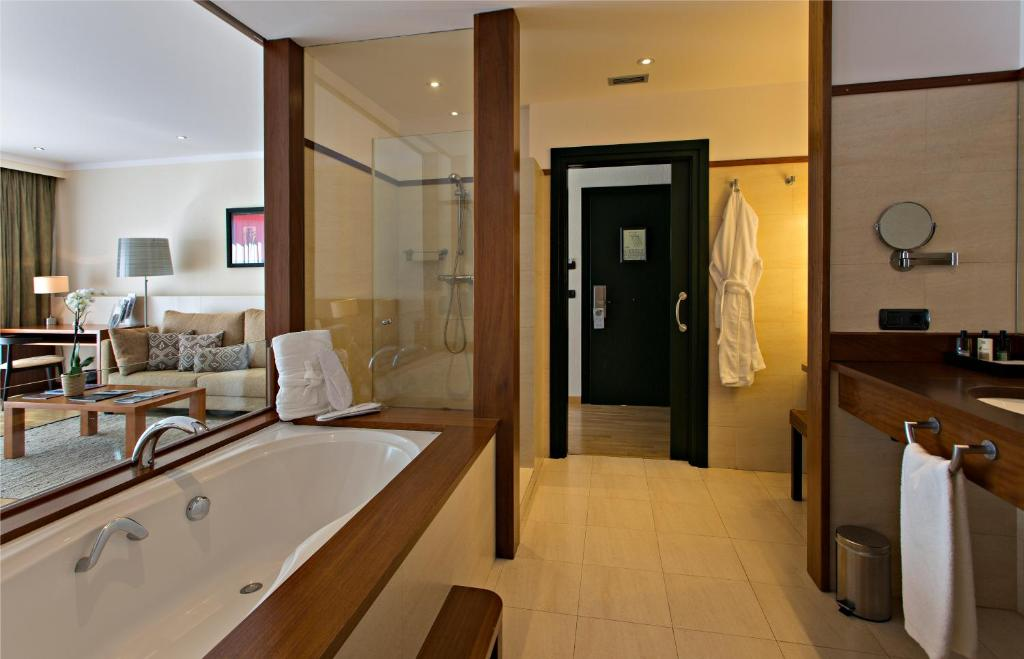 boutique hotels in girona  174