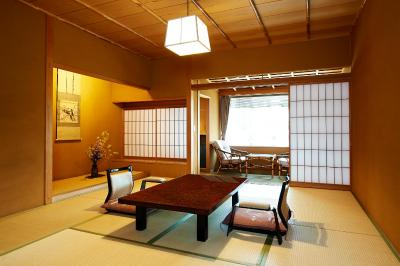 more details of Yamatoya Honten(大和屋本店) | Ehime, Japan(日本愛媛縣)