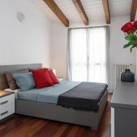 Large apartment in Milan center
