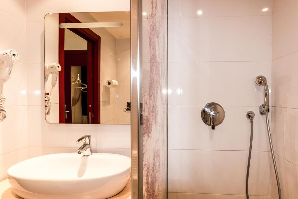 Camera Matrimoniale A Roma.Fabio Massimo Design Hotel Sito Ufficiale Hotel A Roma