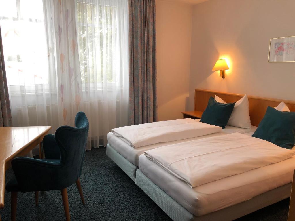 Camera Matrimoniale Doppia Con Letti Singoli.Hotel Fischbacher Stuben Sito Ufficiale Hotel A Norimberga