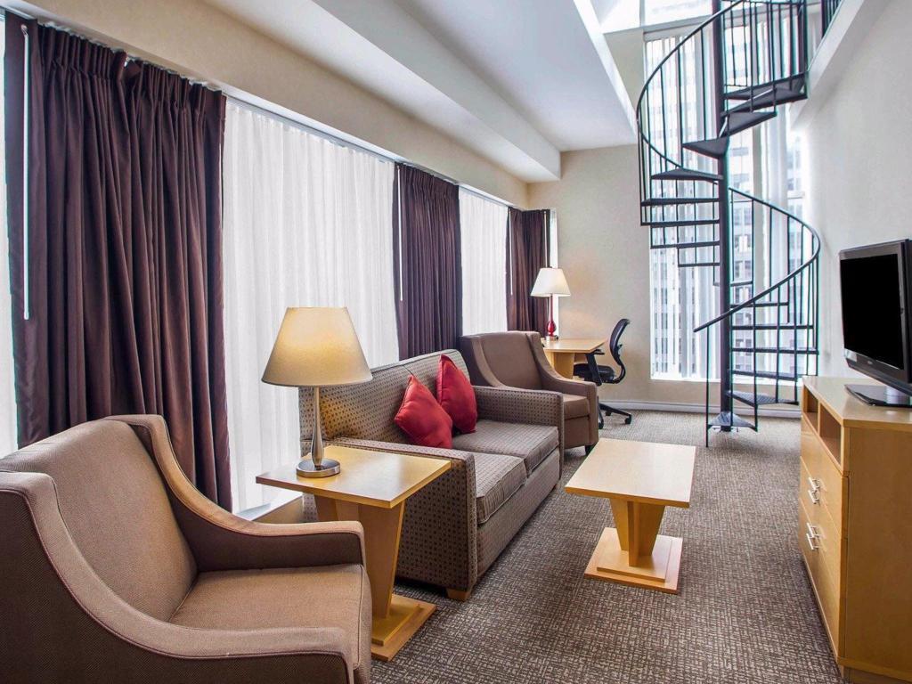 Prime Comfort Suites Michigan Avenue Official Site Hotels In Chicago Beutiful Home Inspiration Ponolprimenicaraguapropertycom