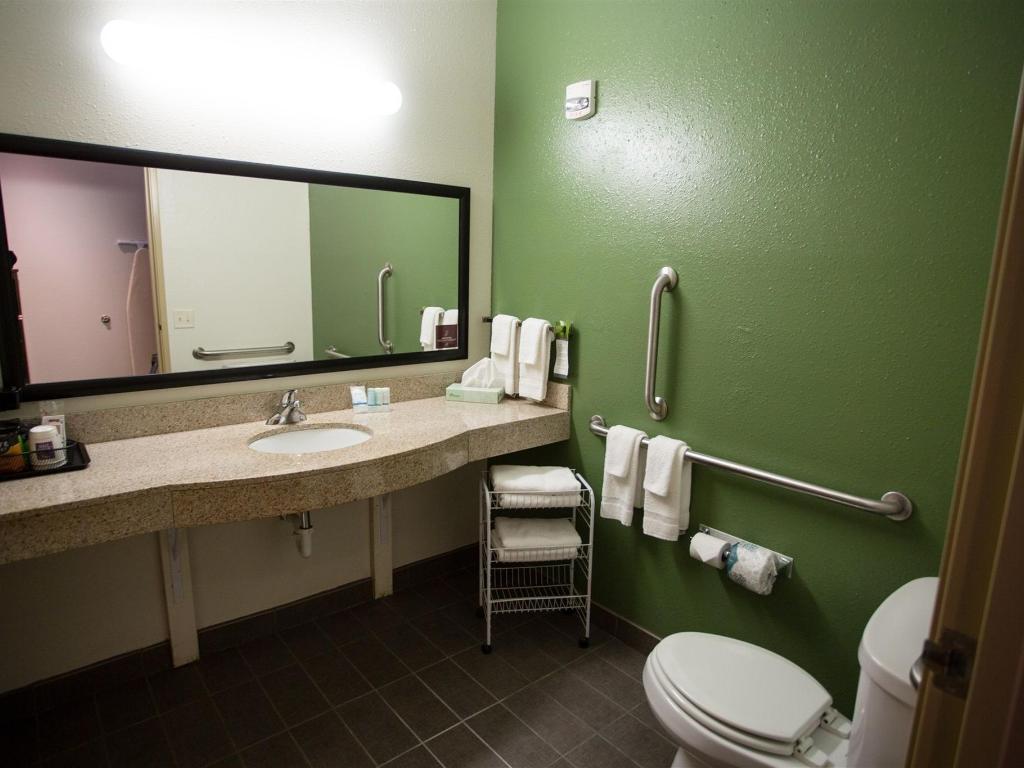 Sleep Inn & Suites Conference Center Eau Claire – Union – United ...