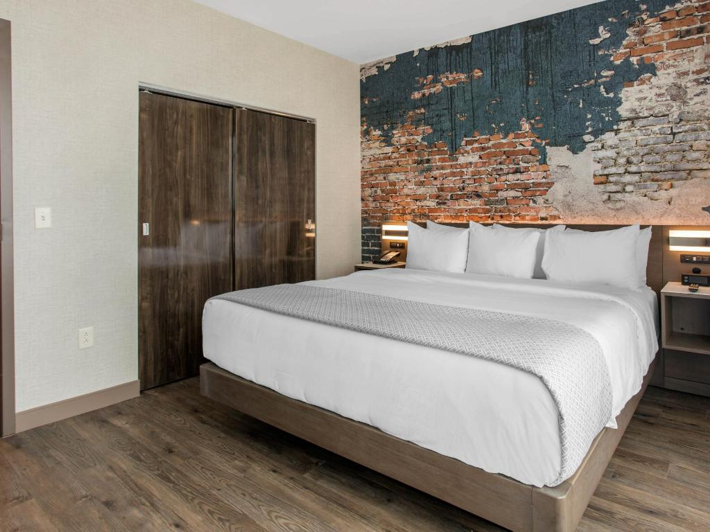 Two bedroom suite cambria hotel suites downtown - 2 bedroom suites in asheville nc ...