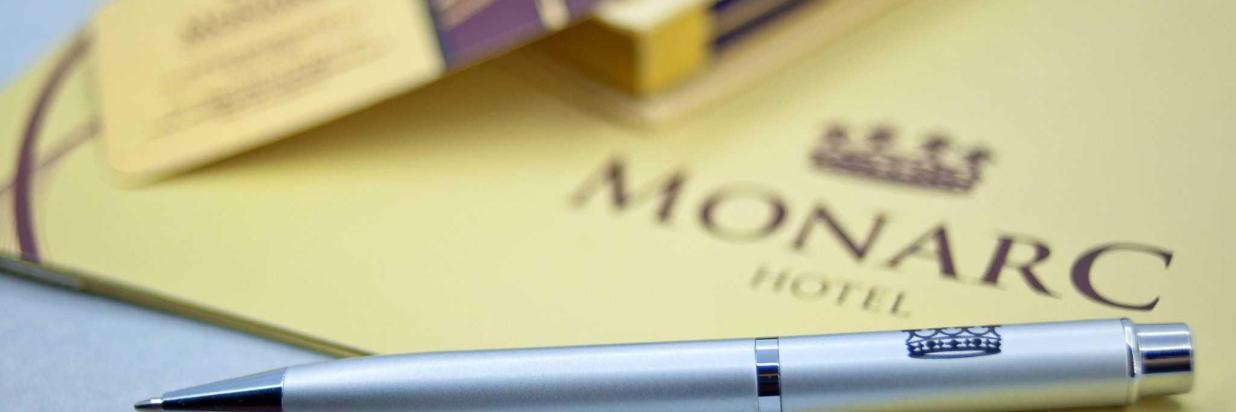 monarc-002-6.jpg