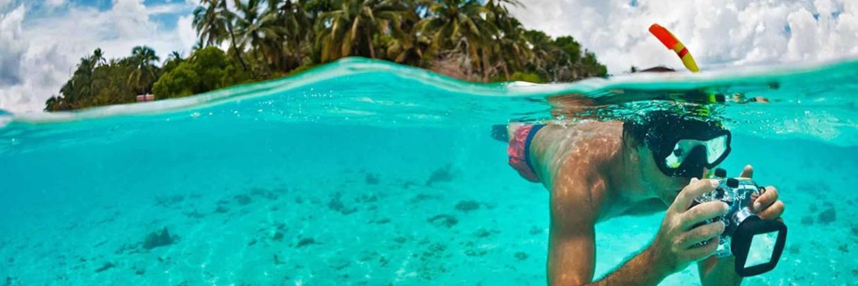 Snorkeling in Ukulhas, Maldives.jpg
