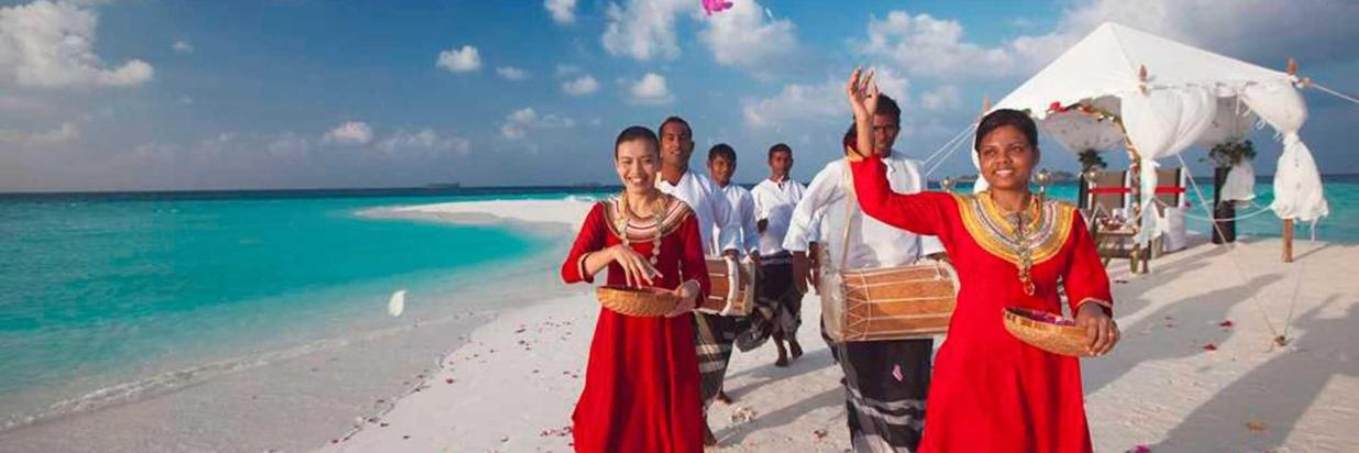 Sandbank wedding ceremony in Ukulhas Island.jpg
