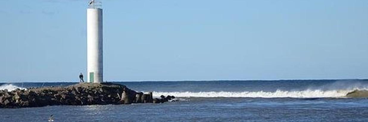 Praia dos Molhes - Hotel Costa Dalpiaz - Torres - Rio Grande do Sul - Br.jpg
