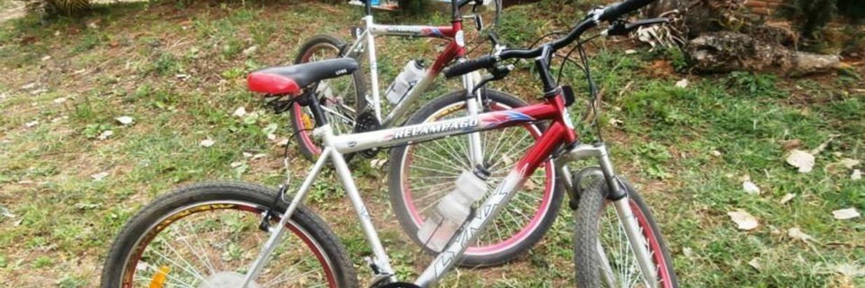 ecoalbergue-la-fundadora-bicicleta.jpg