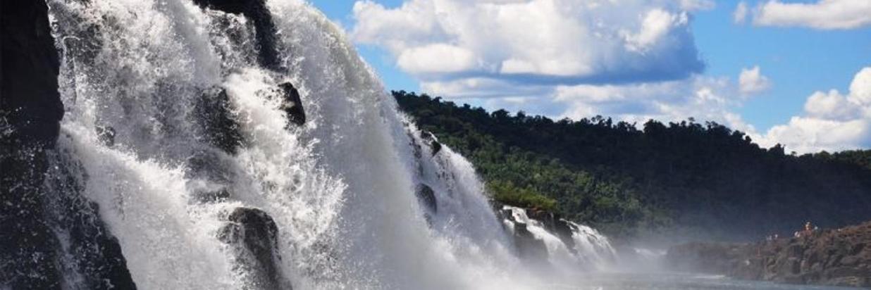 Saltos y Cascadas