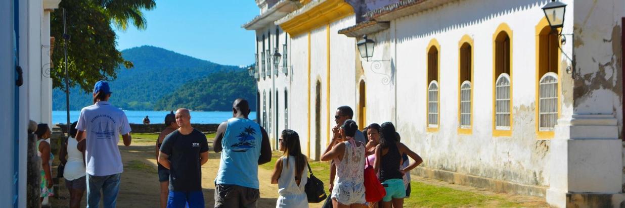 Grupos e Excursões