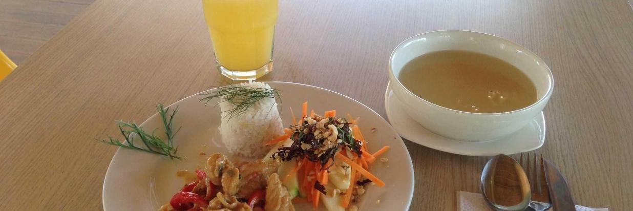 almuerzo-2.JPG