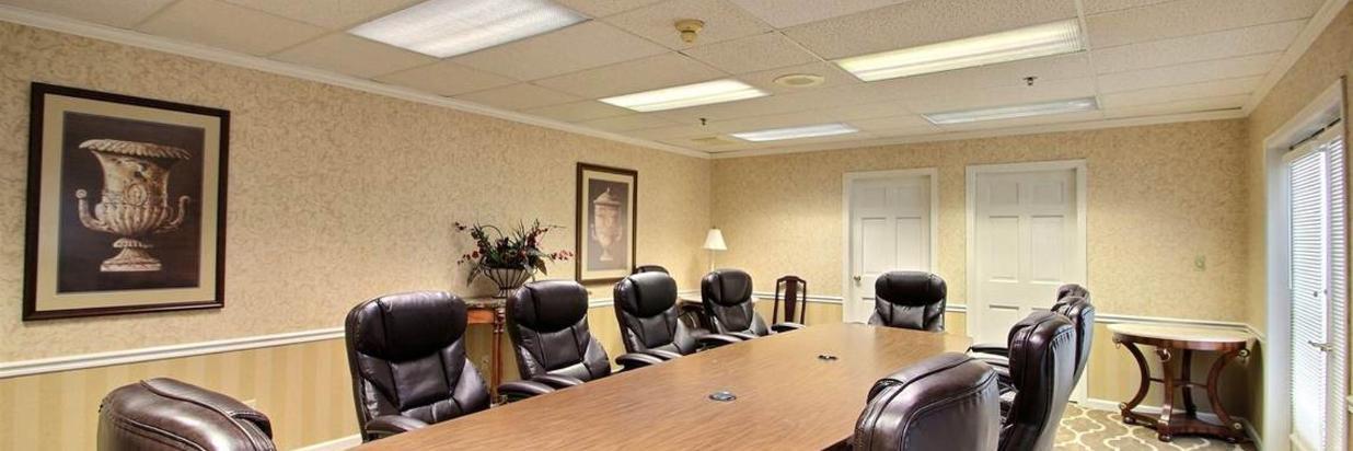 meeting-room-1-2.jpg.1140x481_default.jpg