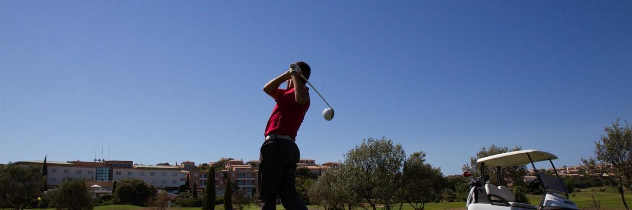 Perfectionnez votre golf en 5 jours Séjour en demi-pension à partir de 675 € par personne en chambre double