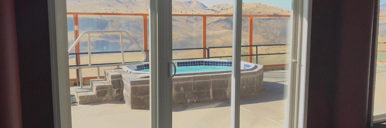 Lodge Hot Tub