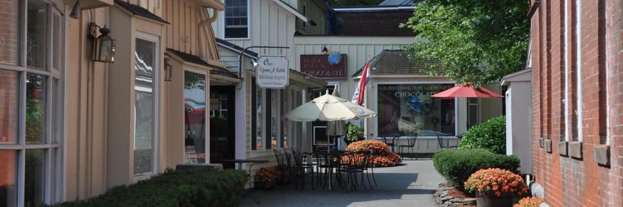 Unique Dining Near Lenox, MA