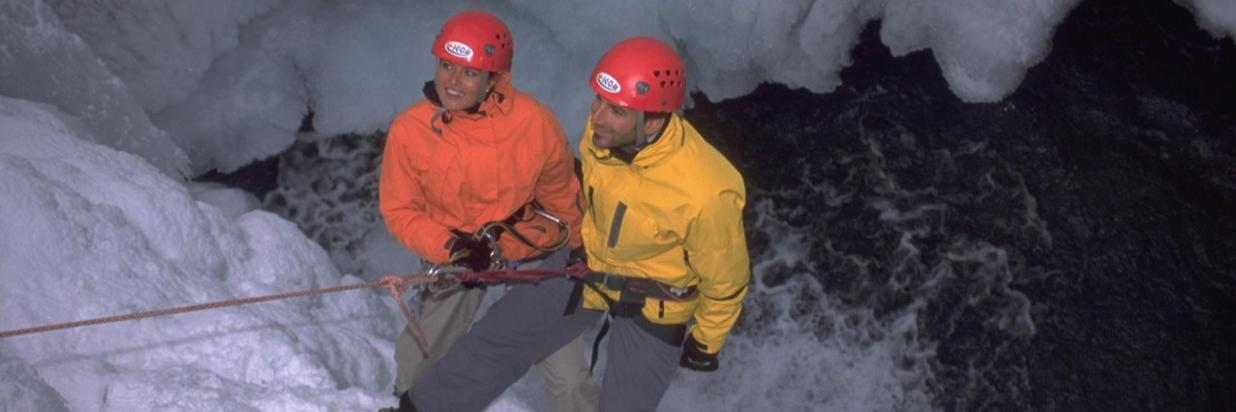 Abseiling Canyon in-Winter_ICO-Oberstdorf-event.jpg