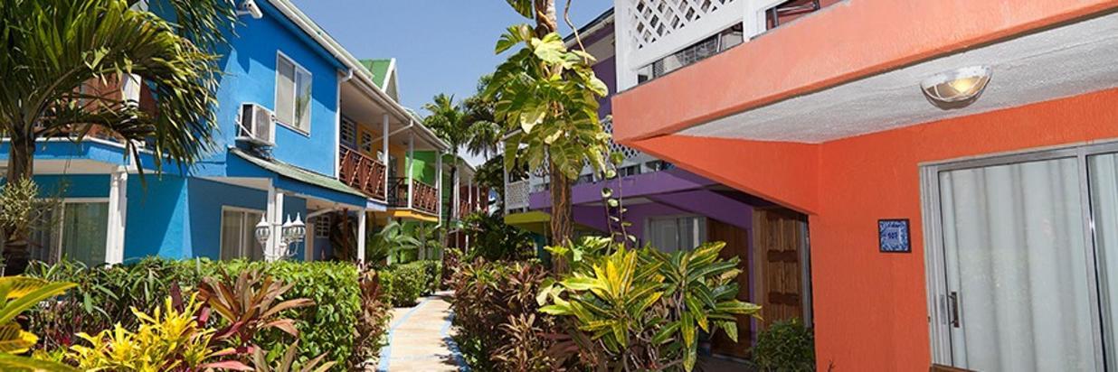 architecture Cocoplum corredor.jpg