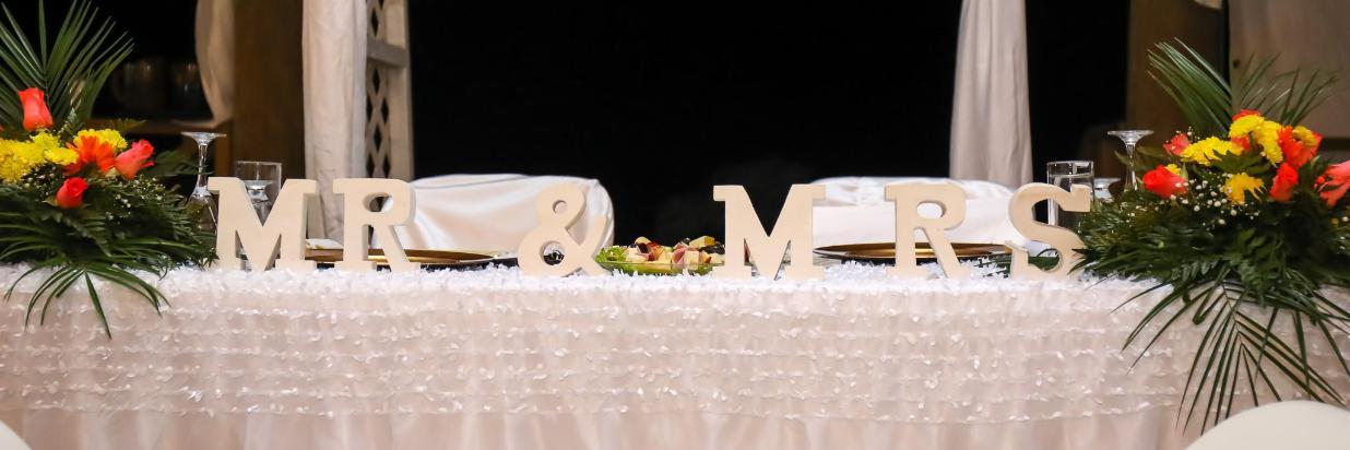 WEDDINGS AT THE PALAPA BEACH FRONT