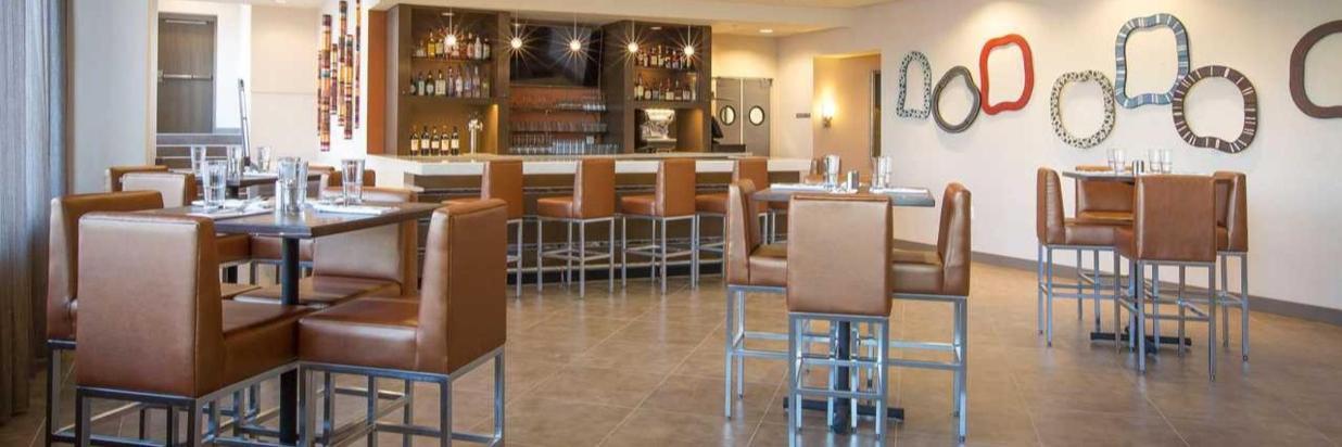 Restaurant1 (3).jpg