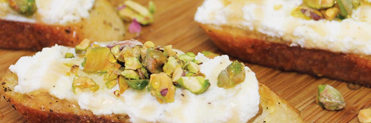 HL2014_Ricotta_Toasts_Pistachios_Honey_Recipe_Hero_D.jpg