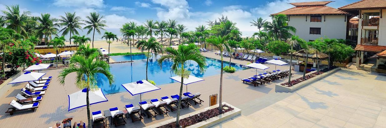 vietnamdanangfuramaresortexteriorocean-pool-1509544568872.jpg