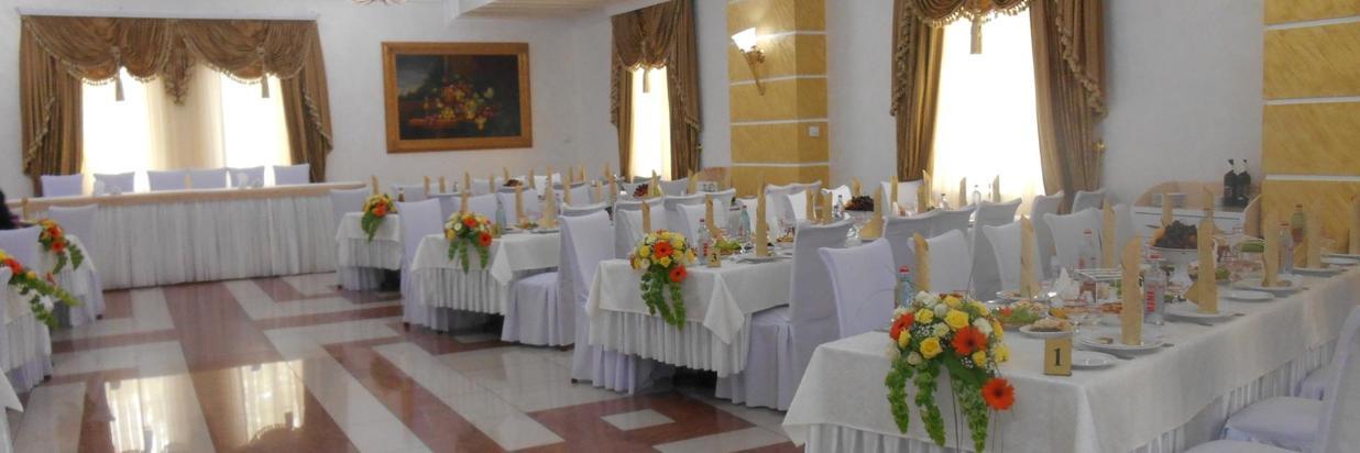 Restaurant 128.jpg