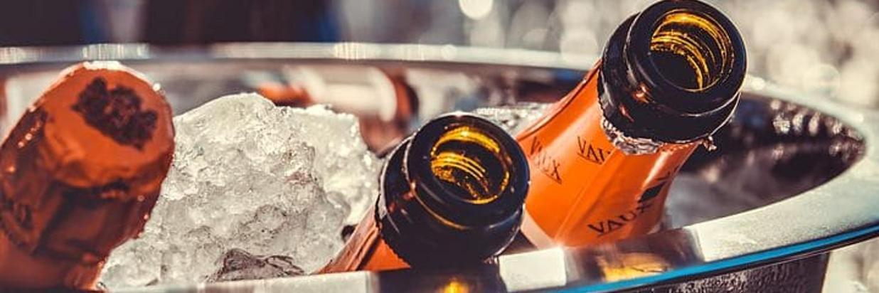 champagne-3515140__480.jpg