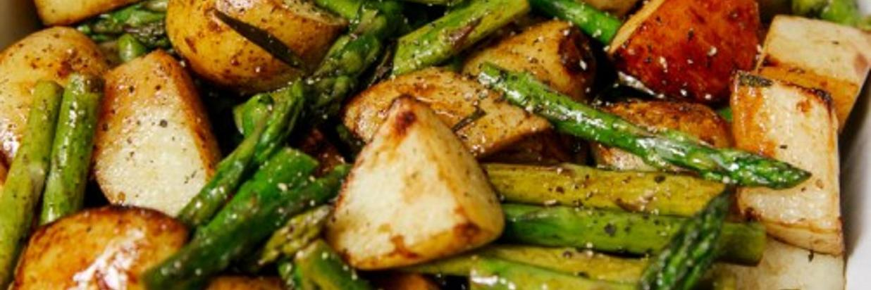 Balsamic-Roasted-New-Potatoes-and-Asparagus-3.jpg