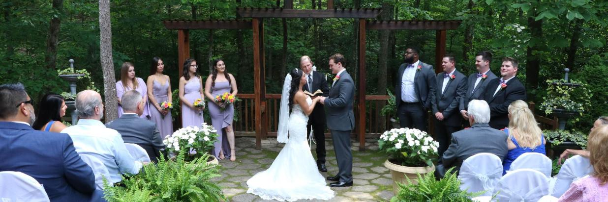 Awesome Outdoor Weddings Chapel At The Park Gatlinburg Usa Gmtry Best Dining Table And Chair Ideas Images Gmtryco