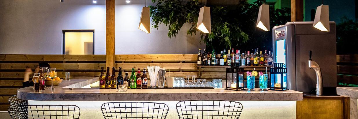 Bar  (4).jpg